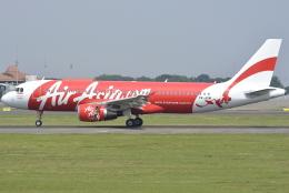 jun☆さんが、スカルノハッタ国際空港で撮影したインドネシア・エアアジア A320-216の航空フォト(飛行機 写真・画像)