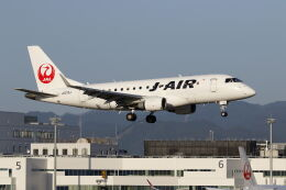 mocohide☆さんが、福岡空港で撮影したジェイエア ERJ-170-100 (ERJ-170STD)の航空フォト(飛行機 写真・画像)