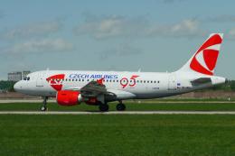singapore346さんが、シュトゥットガルト空港で撮影したチェコ航空 A319-112の航空フォト(飛行機 写真・画像)