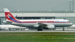 singapore346さんが、ミュンヘン・フランツヨーゼフシュトラウス空港で撮影したエア・マルタ A320-214の航空フォト(飛行機 写真・画像)