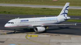 singapore346さんが、デュッセルドルフ国際空港で撮影したエーゲ航空 A320-232の航空フォト(飛行機 写真・画像)
