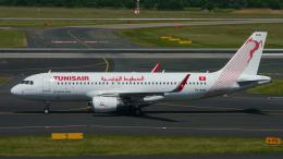 singapore346さんが、デュッセルドルフ国際空港で撮影したチュニスエア A320-214の航空フォト(飛行機 写真・画像)