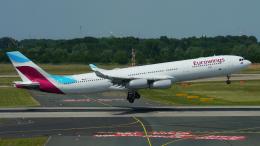 singapore346さんが、デュッセルドルフ国際空港で撮影したユーロウイングス A340-313Xの航空フォト(飛行機 写真・画像)