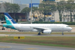 S.Hayashiさんが、シンガポール・チャンギ国際空港で撮影したシルクエア A320-233の航空フォト(飛行機 写真・画像)