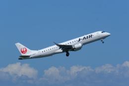そば小猿さんが、羽田空港で撮影したジェイエア ERJ-190-100(ERJ-190STD)の航空フォト(飛行機 写真・画像)