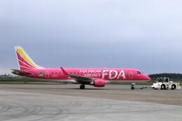 にしやんさんが、帯広空港で撮影したフジドリームエアラインズ ERJ-170-200 (ERJ-175STD)の航空フォト(飛行機 写真・画像)
