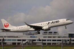 EosR2さんが、鹿児島空港で撮影したジェイエア ERJ-190-100(ERJ-190STD)の航空フォト(飛行機 写真・画像)
