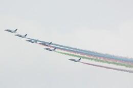 cassiopeiaさんが、新宿駅で撮影した航空自衛隊 T-4の航空フォト(飛行機 写真・画像)