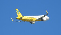 musaeru25cさんが、那覇空港で撮影したバニラエア A320-214の航空フォト(飛行機 写真・画像)