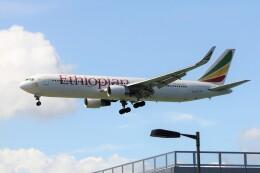 フッ軽の極美さんが、香港国際空港で撮影したエチオピア航空 767-360/ERの航空フォト(飛行機 写真・画像)
