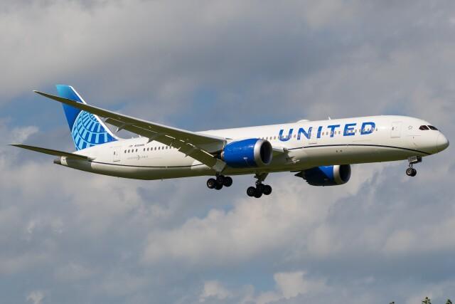 航空フォト:N29985 ユナイテッド航空 787-9