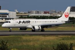 ★azusa★さんが、伊丹空港で撮影したジェイエア ERJ-190-100(ERJ-190STD)の航空フォト(飛行機 写真・画像)