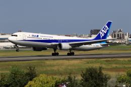 ★azusa★さんが、伊丹空港で撮影した全日空 767-381/ERの航空フォト(飛行機 写真・画像)