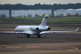 KAZKAZさんが、成田国際空港で撮影したカザフスタン企業所有 BD-700-1A10 Global 6000の航空フォト(飛行機 写真・画像)