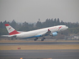 kahluamilkさんが、成田国際空港で撮影したオーストリア航空 A330-223の航空フォト(飛行機 写真・画像)