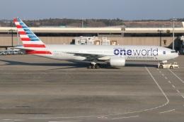 kahluamilkさんが、成田国際空港で撮影したアメリカン航空 777-223/ERの航空フォト(飛行機 写真・画像)