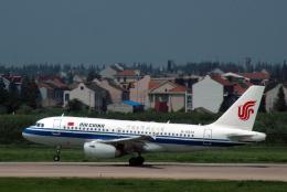 チャーリーマイクさんが、武漢天河国際空港で撮影した中国国際航空 A319-131の航空フォト(飛行機 写真・画像)