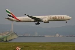 航空フォト:A6-ECX エミレーツ航空 777-300