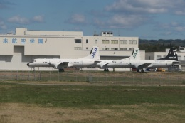TUILANYAKSUさんが、能登空港で撮影した日本航空学園 YS-11A-500の航空フォト(飛行機 写真・画像)