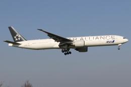 ドガースさんが、成田国際空港で撮影した全日空 777-381/ERの航空フォト(飛行機 写真・画像)