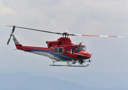 鈴鹿@風さんが、小松空港で撮影した石川県消防防災航空隊 412EPの航空フォト(飛行機 写真・画像)