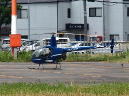 FT51ANさんが、八尾空港で撮影した大阪航空 R22 Beta IIの航空フォト(飛行機 写真・画像)