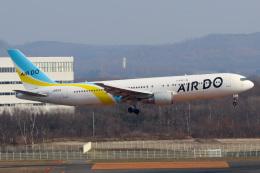 ドガースさんが、新千歳空港で撮影したAIR DO 767-381の航空フォト(飛行機 写真・画像)