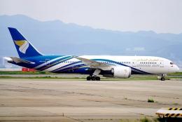 SFJ_capさんが、関西国際空港で撮影したオマーン航空 787-8 Dreamlinerの航空フォト(飛行機 写真・画像)