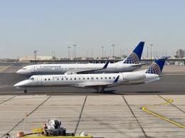 TA27さんが、フェニックス・スカイハーバー国際空港で撮影したユナイテッド・エクスプレス ERJ-145XRの航空フォト(飛行機 写真・画像)