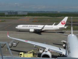 藤助どんさんが、新千歳空港で撮影した日本航空 767-346/ERの航空フォト(飛行機 写真・画像)
