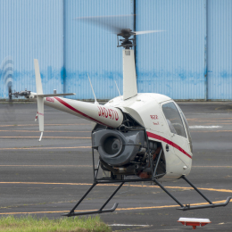 航空フォト:JA04TU 日本法人所有 R22