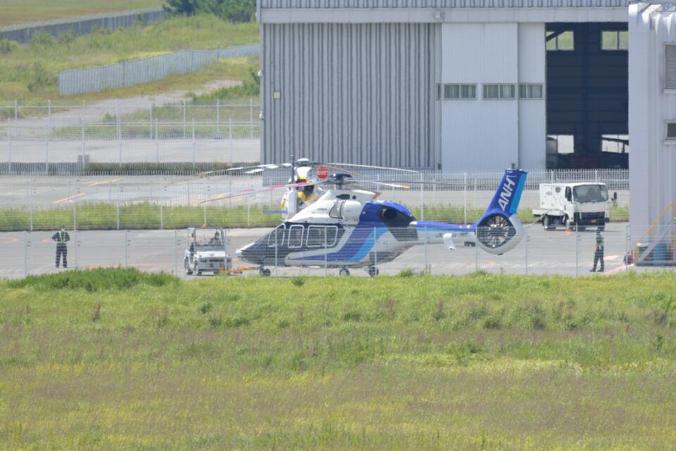md11jbirdさんのオールニッポンヘリコプター Airbus Helicopters H160 (JA01NH) 航空フォト