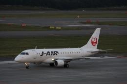 ゆうゆう@NGOさんが、新千歳空港で撮影したジェイエア ERJ-170-100 (ERJ-170STD)の航空フォト(飛行機 写真・画像)