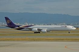 チャーリーマイクさんが、関西国際空港で撮影したタイ国際航空 A340-642の航空フォト(飛行機 写真・画像)
