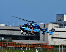 774gonさんが、成田国際空港で撮影した千葉県警察 BK117C-1の航空フォト(飛行機 写真・画像)