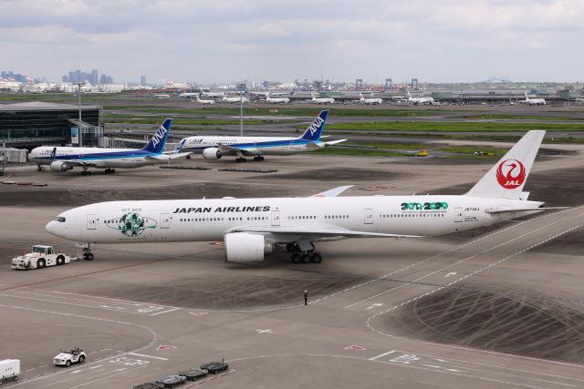 航空フォト:JA734J 日本航空 777-300