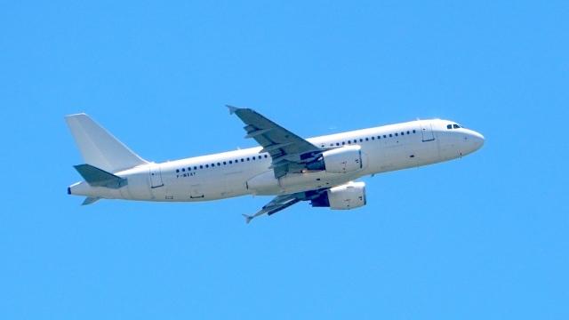 航空フォト:F-WXAY  芙蓉総合リース A320