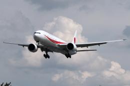 Hariboさんが、名古屋飛行場で撮影した航空自衛隊 777-3SB/ERの航空フォト(飛行機 写真・画像)