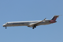 キャスバルさんが、フェニックス・スカイハーバー国際空港で撮影したアメリカン・イーグル CL-600-2D24 Regional Jet CRJ-900LRの航空フォト(飛行機 写真・画像)