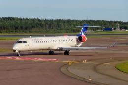 TA27さんが、ヘルシンキ空港で撮影したスカンジナビア航空 CL-600-2D24 Regional Jet CRJ-900LRの航空フォト(飛行機 写真・画像)