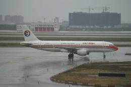 磐城さんが、上海浦東国際空港で撮影した中国東方航空 A320-214の航空フォト(飛行機 写真・画像)
