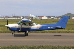 Hii82さんが、札幌飛行場で撮影した東京センチュリー 172P Skyhawkの航空フォト(飛行機 写真・画像)