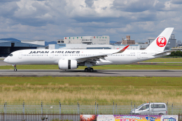 A.Tさんが、伊丹空港で撮影した日本航空 A350-941の航空フォト(飛行機 写真・画像)