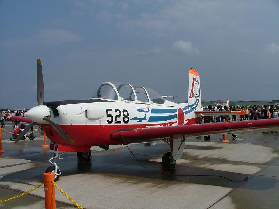 はみんぐばーどさんの航空自衛隊 Fuji T-3 (01-5528) 航空フォト