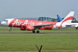 jun☆さんが、スカルノハッタ国際空港で撮影したエアアジア A320-216の航空フォト(飛行機 写真・画像)
