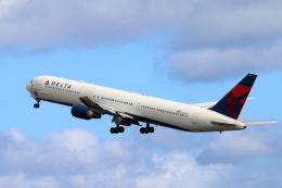 キャスバルさんが、ダニエル・K・イノウエ国際空港で撮影したデルタ航空 767-432/ERの航空フォト(飛行機 写真・画像)