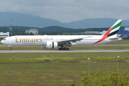 jun☆さんが、クアラルンプール国際空港で撮影したエミレーツ航空 777-31H/ERの航空フォト(飛行機 写真・画像)