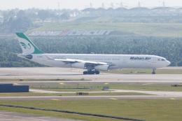 S.Hayashiさんが、クアラルンプール国際空港で撮影したマーハーン航空 A340-313Xの航空フォト(飛行機 写真・画像)