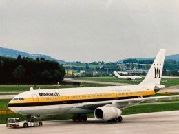 twinengineさんが、チューリッヒ空港で撮影したモナーク・エアラインズ A300B4の航空フォト(飛行機 写真・画像)