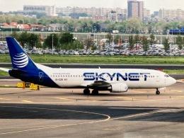 twinengineさんが、アムステルダム・スキポール国際空港で撮影したスカイネット航空 737-4Y0の航空フォト(飛行機 写真・画像)